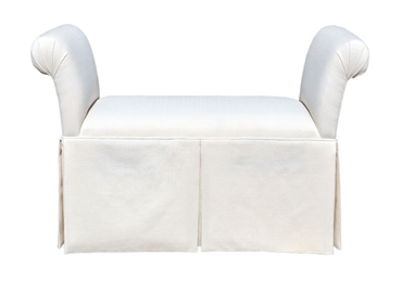 Picture of V04 Large Rollarm Bench w/Skirt